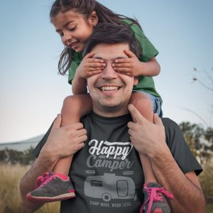 happy dad wearing a t shirt mockup playing with his daughter a20202