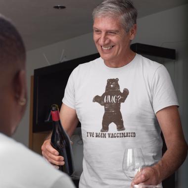 t shirt mockup of a man having a thanksgiving dinner 29937